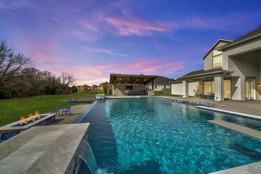 custom pool build dallas texas