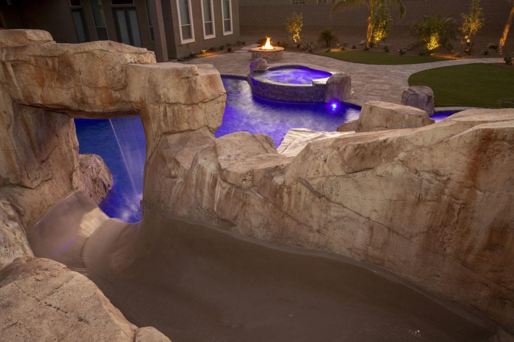 las vegas custom swimming pool with lights